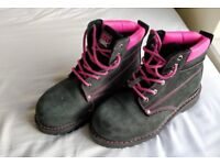 Steel Toe Caps Boots (size 6)