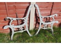 (#728) vintage pair of garden cast iron bench ends (Pick up only, Dy4 area)