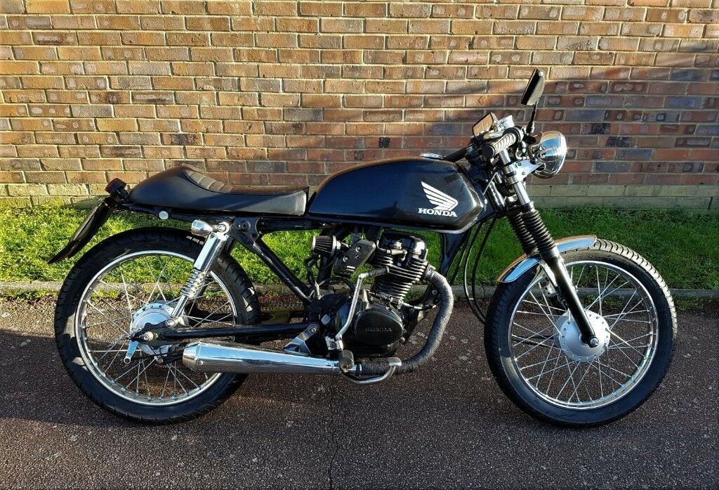 honda 125 cafe racer in surbiton london gumtree. Black Bedroom Furniture Sets. Home Design Ideas