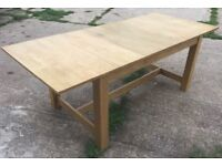 Quality Oak extendable dining table