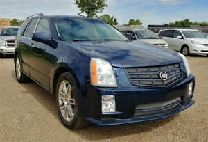 2008 Cadillac SRX 3.6L V6 4WD!! Leather & Sunroof!! Low Mileage!