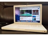 "Fast Apple Macbook laptop,Core 2 Duo 2.13GHZ,160GB,Wifi/Webcam,13.3"" HD Display,Excellent condition"