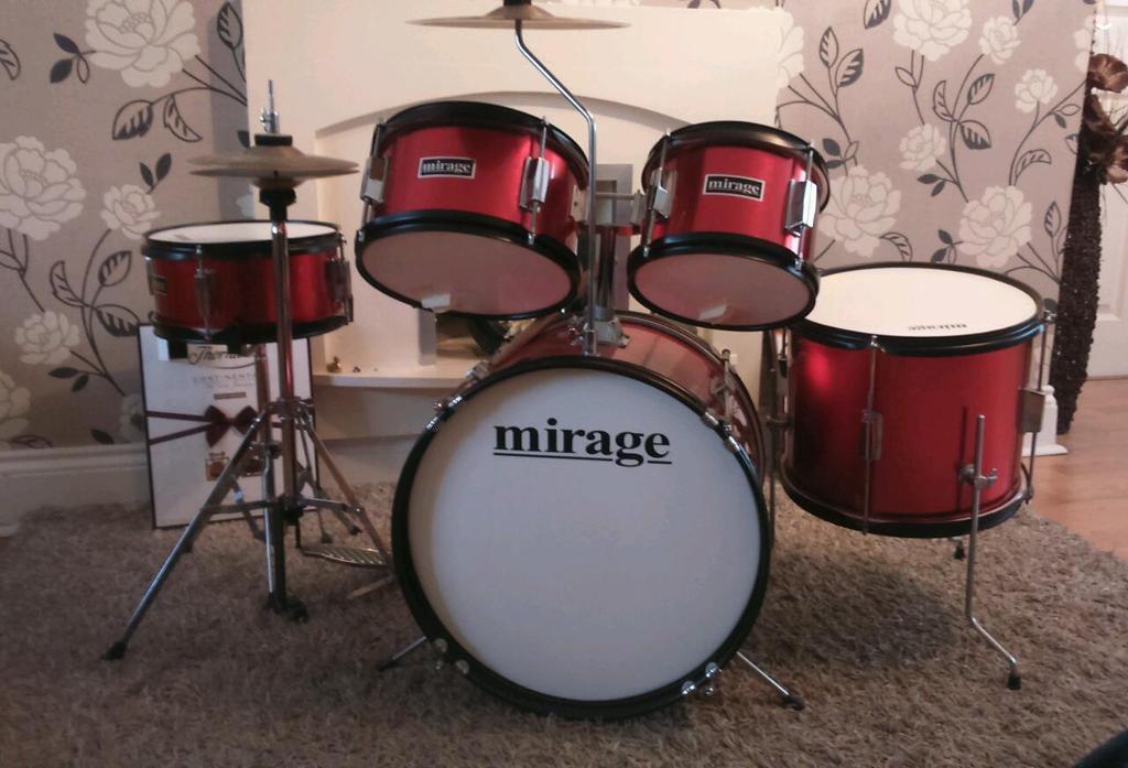 Mirage junior drum kit. With stool and sticks