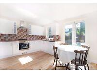 3 Double Bed 2 Bath house on Tabor Grove, Wimbledon, SW19