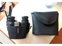 Compact Binoculars - Opticron HR WP 10x26