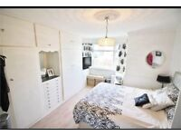 Chingford ( North Chingford) stunning 3 bed semi detached house potential to extend