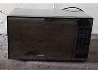 Silver Black 32L Samsung ME0113M1 Microwave Oven.