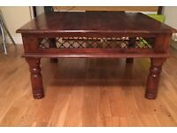 Wooden living/dining room furniture coffee table drawers side tables