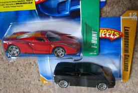 Hot Wheels Cars Lamborghini Gallardo and a Enzo Ferrari THunt all sealed and unused Set 48.
