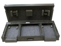 Total Impact Coffin Flightcase with Wheels: fits a pair of CDJ2000 + DJM2000