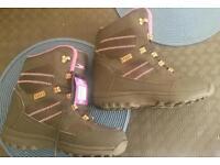 Unisex walking boots size UK 4 BNWT
