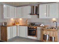White gloss Slab 10 unit kitchen Sale***Last few remaining ***