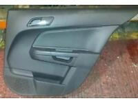 VAUXHALL ASTRA H MK5 DESIGN 5 DOOR O/S/R DRIVERS REAR LEATHER DOOR CARD