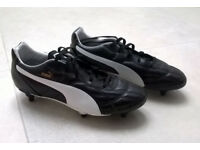 Kids/ladies football boots