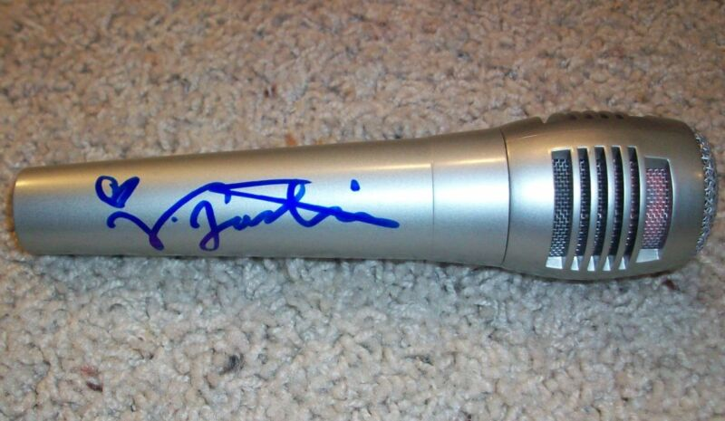 VICTORIA JUSTICE SIGNED AUTOGRAPH NEW MICROPHONE w/PROOF VICTORIOUS SHAKE