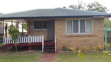 NICE HOUSE IN SUNNYBANK,CLOSE TO COLLAGE,SHOP,SCHOOL,BUS.TRAIN Sunnybank Brisbane South West Preview