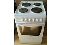 INDESIT WHITE GAS COOKER