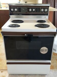 Retro - Hotpoint Electric Range - Self Cleaning