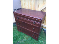 Chest of drawers, with 3 drawers . Size L 30in D 16in H 30in.