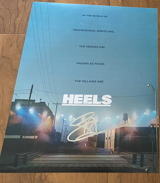 Stephen Amell signed 11x14 Photo Heels