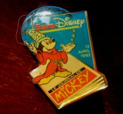 "WALT DISNEY - EURO DISNEY PARIS ""Le Journal de Mickey 12 avril 1992 "" PIN BADGE"