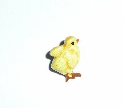 Adorable Little Yellow Chick Chicken Metal Shank Button  1/2