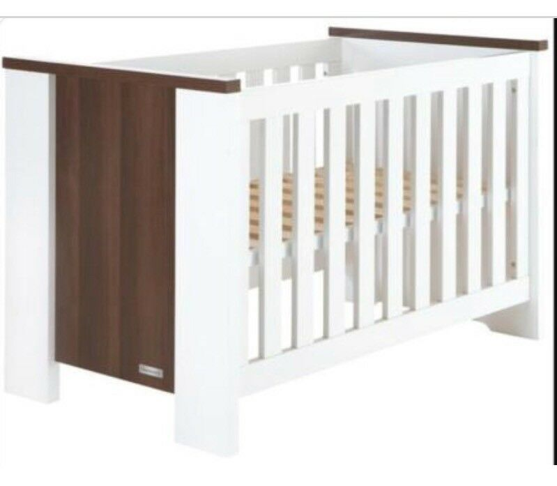 Baby style Charnwood Turin Cot Bed / Junior Bed White | in Tamworth ...