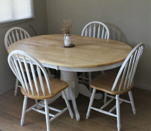 Farmhouse Style Pedestal Dining Table And Chairs