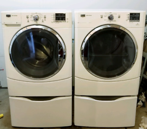 White maytag 3000 series washer and steam dryer