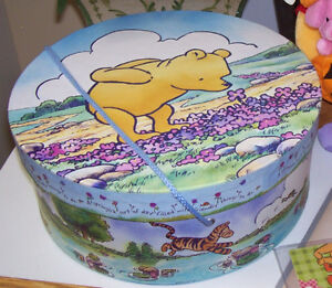 Set of 3 Winnie the Pooh Collectable Items + 2 Bonuses London Ontario image 5