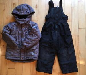 Habit neige gris/noir 4 ans + manteau automne 5 ans garçon