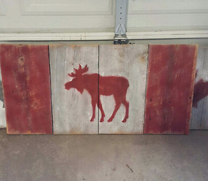Canada/Moose barn board flags