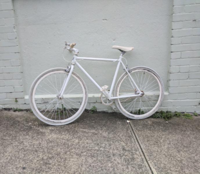 White Fixie Bike Mens Bicycles Gumtree Australia Leichhardt Area