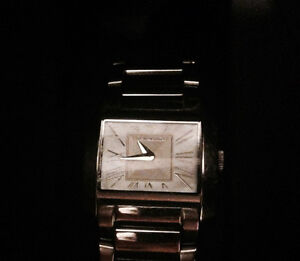 Beautiful Emporio Armani in GREAT condition