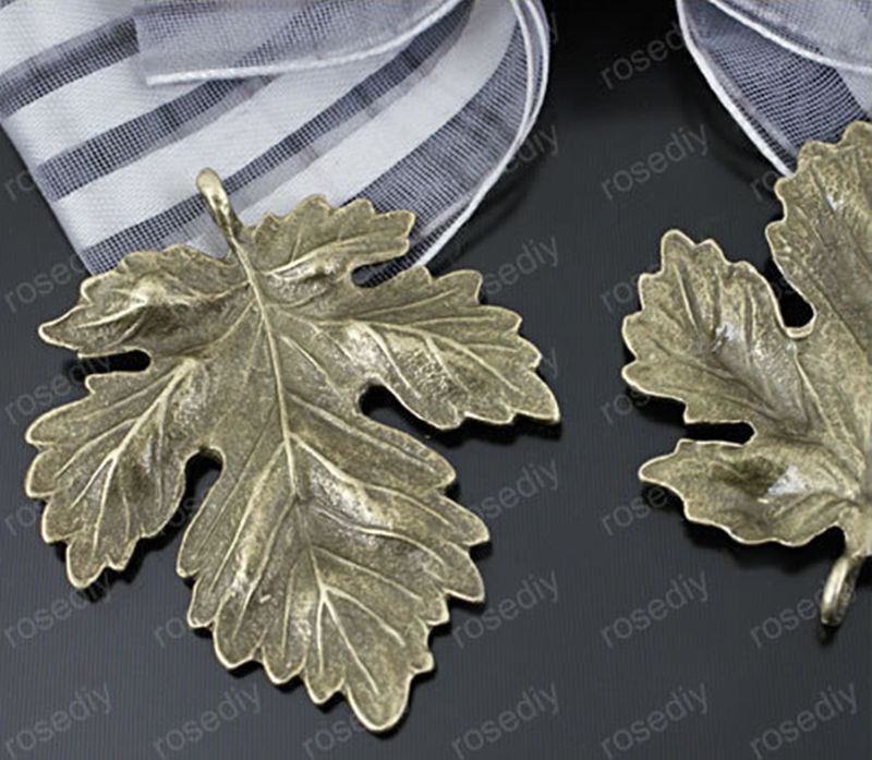 10Pcs Tibet Silver Hollow Out Leaf Charm Pendant Beaded Jewelry Findings WD