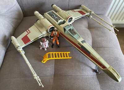 Hasbro Star Wars: Empire Strikes Back Wedge Antilles X-Wing Fighter Complete