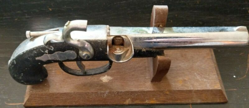 Vintage 1960s Novelty Pistol Lighter Flintlock Gun Lighter Cigarette JAPAN