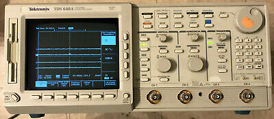 Tektronix Digitizing Oscilloscope Tds640a 500mhz 2gss Wdsp Math Option