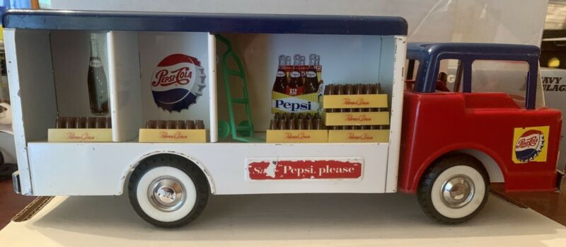 Awesome Vintage 1962 Nylint Toys Pepsi Cola Delivery Truck Dolly & Case Trays