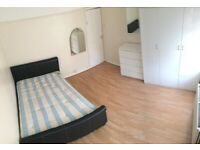 2 Bedroom flat in Queensbury, very close to Kenmore Park school, supermarket and park
