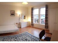 3 MASSIVE DOUBLE BEDROOMS - Gorgie Road - Edinburgh