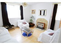 Two bed flat in Stoke newington at £350 per week, a must see!!