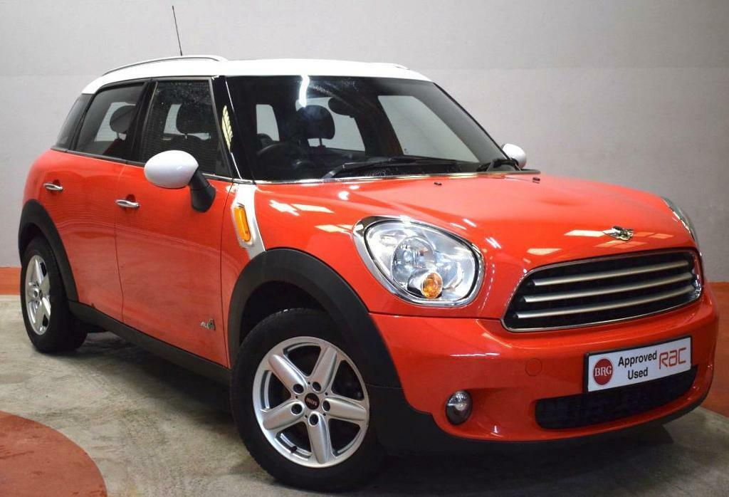 mini countryman 1 6 cooper d all4 4x4 twin sunroof service history red 2011 in newtownards. Black Bedroom Furniture Sets. Home Design Ideas