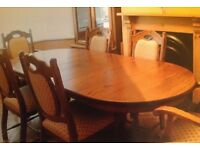 Solid Oak Extendable Dining Room Table with 6 Chairs