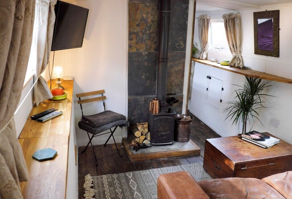 Beautiful historic barge for sale with central London mooring widebeam  houseboat | in Tower Hamlets, London | Gumtree
