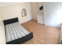 Two bed flat in Stanmore HA7 with Balcony !!!