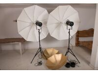 2 x Bowens Mono Silver 1000w Flash Lights Manfrotto stands