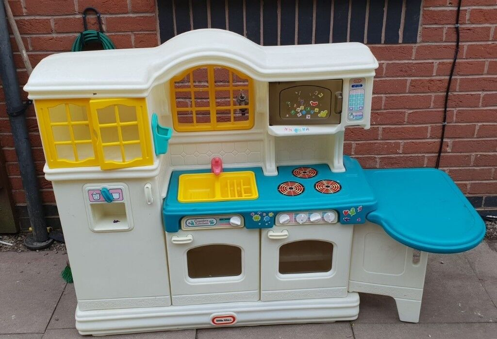 Little Tikes Country Kitchen | Little Tikes Country Kitchen In Dudley West Midlands Gumtree