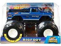 Hot Wheels Monster Trucks Bigfoot Scale 1:24 (NEW)