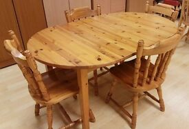 Kicthen Table + 4 Chairs